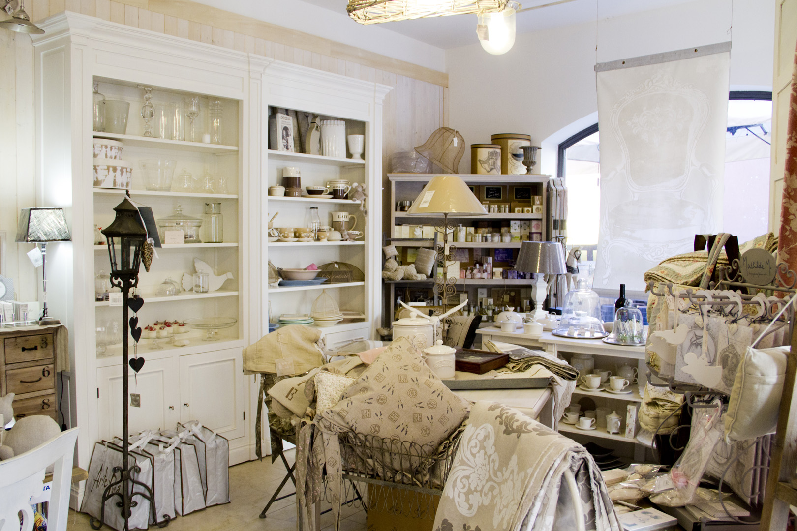 Arredo arredamento provenzale stile country 5 for Arredo shop online